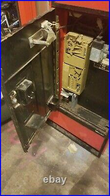 55 yr old coca cola glass bottle machine everything is original and works great