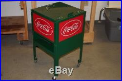 Coca-Cola-Green-Red-Metal-Rolling-Ice-Box-Cooler-Cart-Collectible (CP1030990)