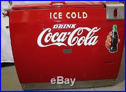 Coca-Cola Westinghouse WE-6 Cooler withPorcelain Water Fountain Addition