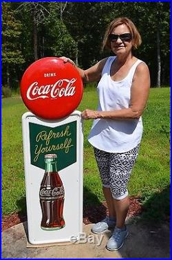 VINTAGE 1950 COCA COLA SODA REFRESH YOURSELF MINT PILASTER SIGN With 16 BUTTON
