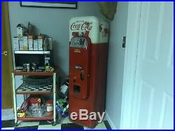 Very rare v44 coca cola machine vendo changer is not working