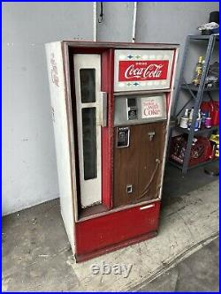 Vintage Coca Cola Vending Machine 1960's Cavalier with cooled water fountain