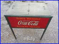 Vintage French Canadian St. Thomas Ontario Coca-cola Ice Chest Soda Pop Cooler
